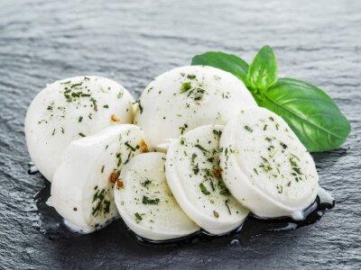 Image Mozzarella et basilic.