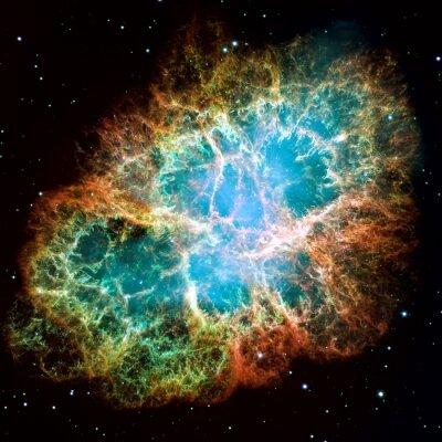 Nébuleuse de crabe est un reste de l'explosion d'une étoile de supernova.