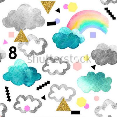 Image Nuages aquarelles mignons avec des éléments de paillettes arc-en-ciel et or. Modèle sans couture avec des objets aquarelles isolés sur fond blanc pour votre conception: textile, tissu, carte postale.