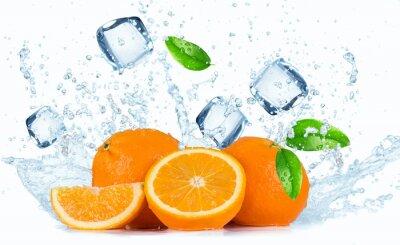 Image Oranges avec les projections d'eau