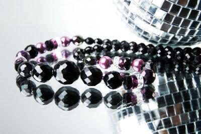 Image Perle avec boule disco sur le miroir