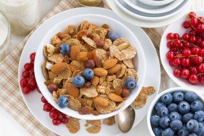 Image Petit déjeuner, céréales, flocons, noix, baies, haut, vue