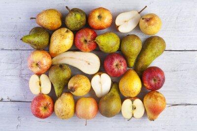 Image Pommes, poires, entier, moitié, coup, haut, blanc, bois, planches