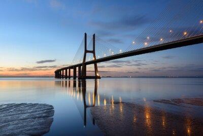 Image Ponte Vasco da Gama à l'année avec éclairage.