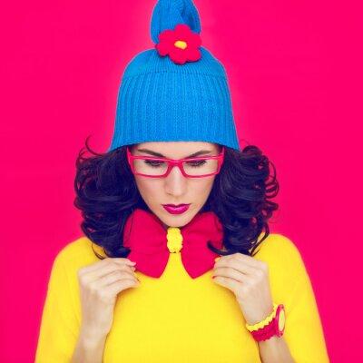 Image portrait coloré drôle de fille avec un arc