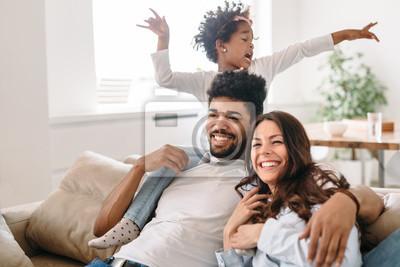 Image Portrait de famille style de vie d'une maman et papa avec leur enfant