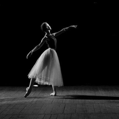 Image portrait de la jolie jeune ballerine