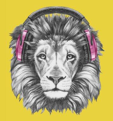 Image Portrait de Lion avec des écouteurs. Illustration tirée à la main.