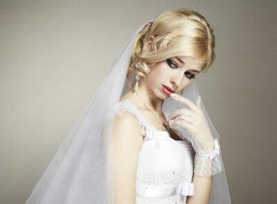 Image portrait de mariage de belle jeune mariée