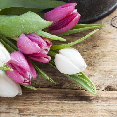 Image Pourpre, tulipe, ressort, concept, vendange, plateau, bois, table