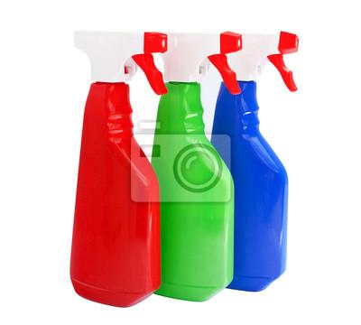 produits de nettoyage des bouteilles isolées sur blanc