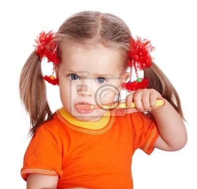 propre fille se brosser les dents de l'enfant. Isolé.