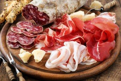 Image Prosciutto, bresaola, pancetta, du salami et parmesan