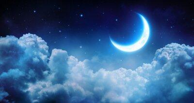Image Romantique Lune En Nuit étoilée dessus des nuages