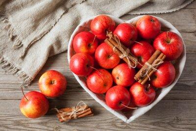 Image Rouges, pommes, cannelle