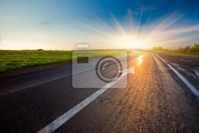 route vers le coucher du soleil