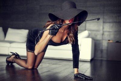 Image Sexy, femme, chapeau, fouet, agenouillé, plancher, intérieur