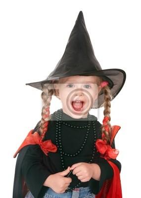 Sorcière enfant en costume noir. Isolé.