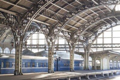 Image Station de train en métal