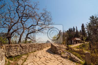 Stone Road à la tour Cesta (De La Fratta) à San Marino Répu
