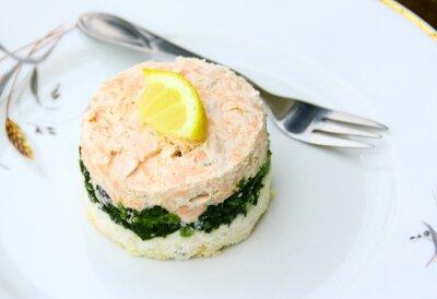 Image terrine de saumon,épinards