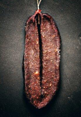 Image Traditionnelle arménienne boeuf saccadée saucisse fumée Sudzhuk avec spic