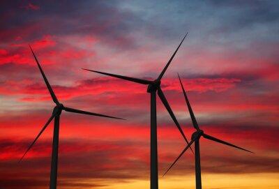 Image turbines d'éoliennes dans le ciel
