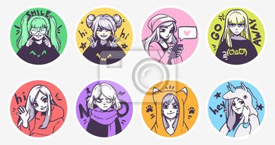 Image Un ensemble d'illustrations mignonnes de filles d'anime dans divers vêtements faisant différentes activités avec différentes expressions. Autocollants ou insignes