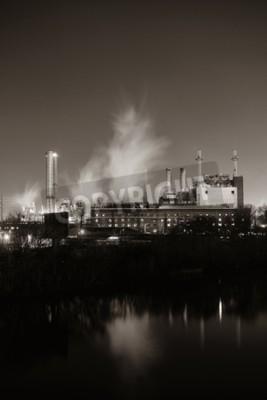 Image Usine avec cheminée la nuit à Philadelphie.