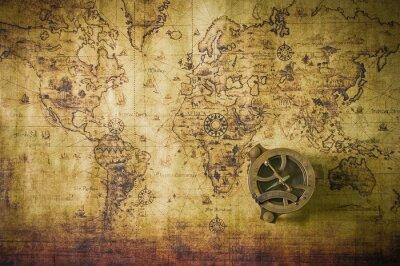 Image vieille carte avec boussole