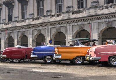 Image Voitures classiques américains à La Havane, Cuba
