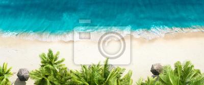 Papiers peints Aerial top view on sand beach
