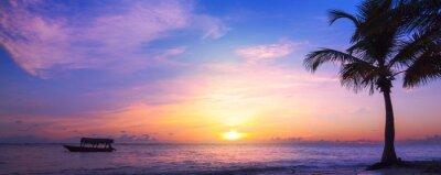 Papiers peints Art beautiful sunrise Landscape of paradise tropical island beach. Palm tree and fishing boat
