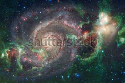 Papiers peints Art de l'espace extra-atmosphérique. Nébuleuses, galaxies et étoiles brillantes dans une composition magnifique. Éléments de cette image fournie par la NASA