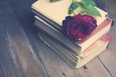 Papiers peints Augmenté sur les livres