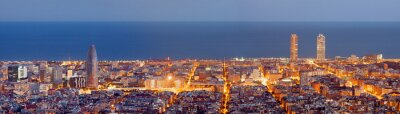 Papiers peints Barcelona skyline panorama au Blue Hour