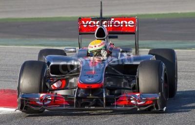 Papiers peints BARCELONE - JANVIER 21: Lewis Hamilton de la course de l'équipe McLaren F1 à Formula One Teams Test Days sur le circuit de Catalunya, le 21 Février 2012 à Barcelone, Espagne