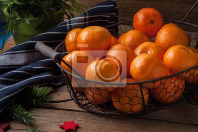 Basket of tangerines.