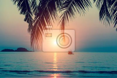Beau Coucher De Soleil A La Cote De La Mer Tropicale Papier Peint