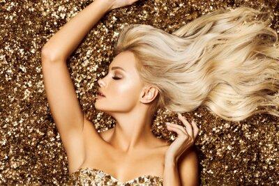 Papiers peints Beautiful hair Girl. Healthy Long Hair. Blonde woman in golden flowers garden, princes