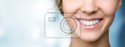 Papiers peints Beautiful wide smile of young fresh woman with great healthy white teeth. Isolated over background
