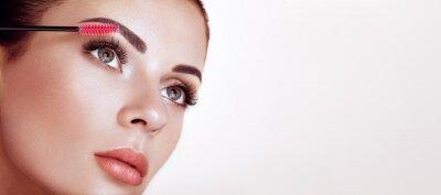 Papiers peints Beautiful Woman with Extreme Long False Eyelashes. Eyelash Extensions. Makeup, Cosmetics. Beauty, Skincare