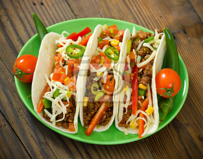Beef Taco sur la plaque avec des légumes