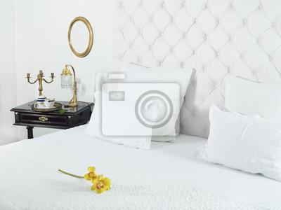 Belle chambre blanche et luxueux papier peint • papiers peints ...