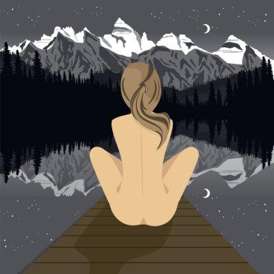 Papiers peints Belle jeune femme nue assise sur la jetée en regardant le lac de la montagne la nuit