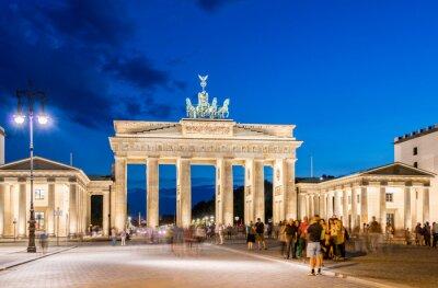 Papiers peints Berlin - 4 août 2013: la Porte de Brandebourg, le 4 Août en Allemagne