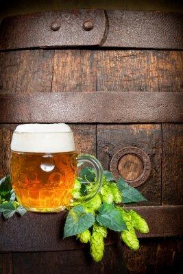 bière houblon et