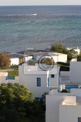 Bungalows Blancs Sur Le Fond De La Mer Mediterranee Tunisie Papier