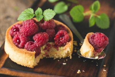 Cake with fresh raspberries and mint