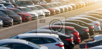 Papiers peints Cars in a row. Used car sales
